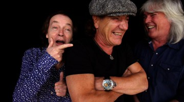 AC/DC. Angus Young, Brian Johnson e Cliff Williams.