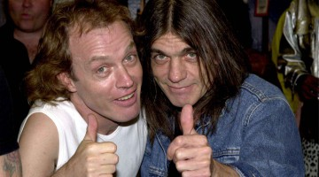 Angus Young e Malcolm Young. AC/DC.