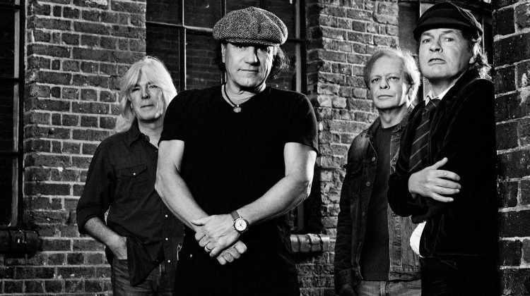 Cliff Williams, Brian Johnson, Stevie Young e Angus Young - 2014